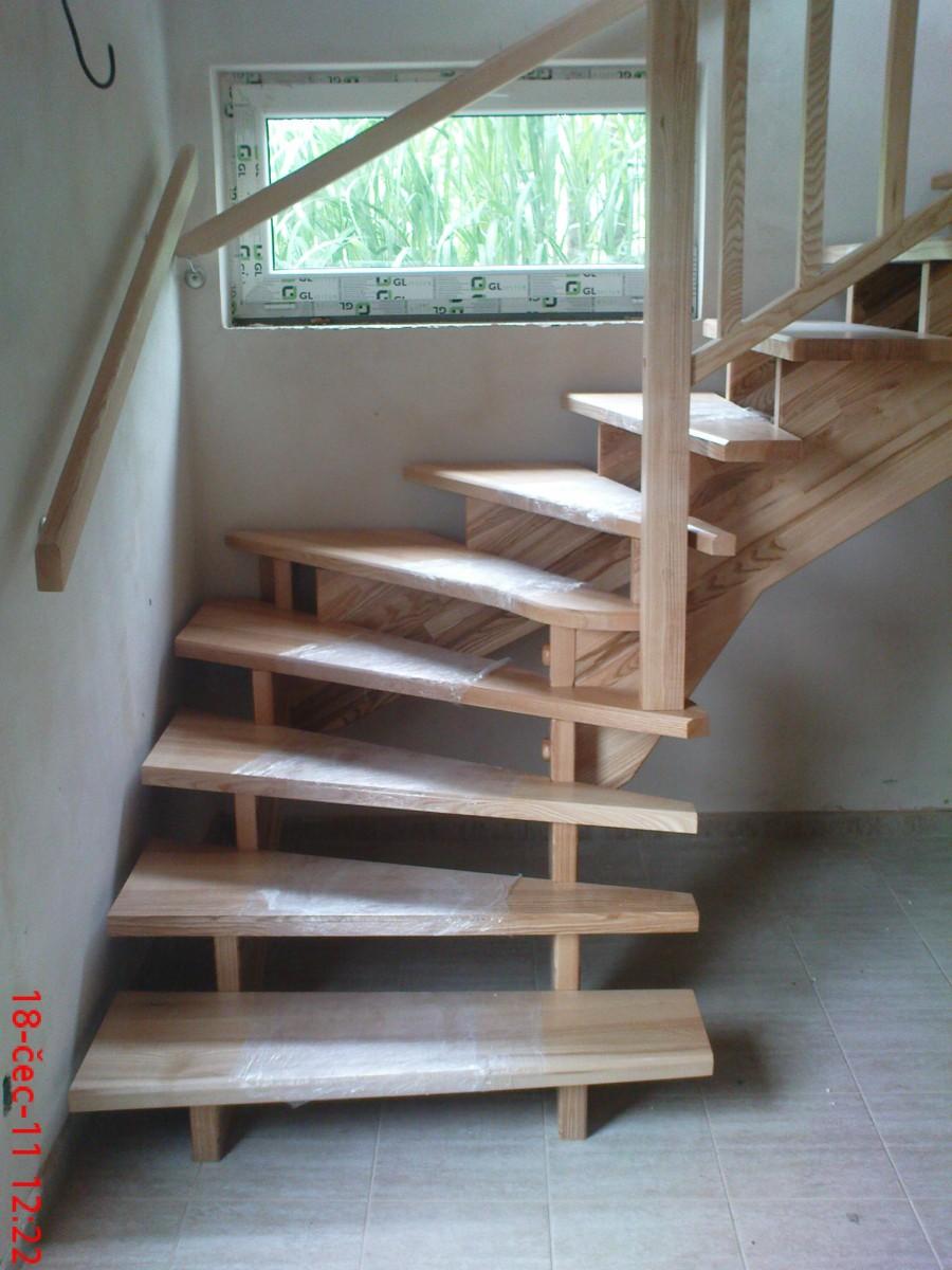 Samonosné schodiště